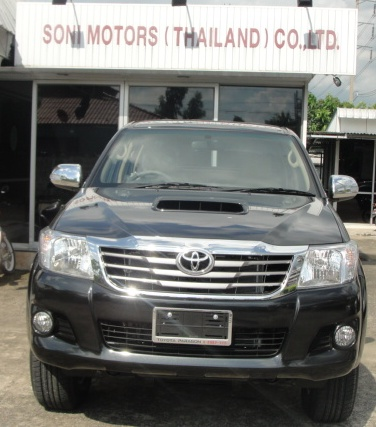 2012 Toyota Hilux Vigo Champ available now at Soni Motors Thailand