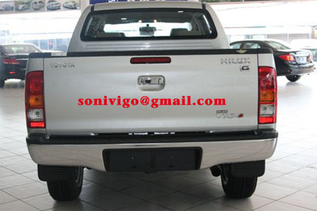 rear view of 2009 LHD Toyota Hilux Vigo