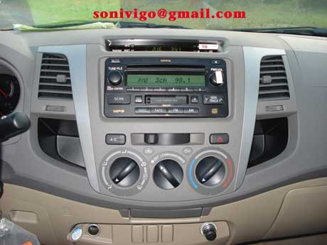 Radio CD player of LHD Toyota Hilux Vigo 2009