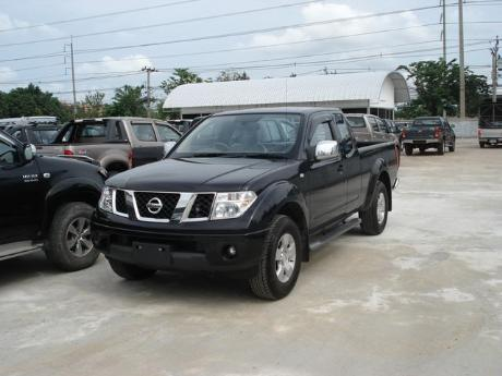 Cab Nissan Navara from Thailand's and Dubai's top new and used Nissan