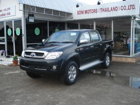 toyota hilux vigo 2009 is in Soni showroom Right Hand Drive 2011 2010 Toyota